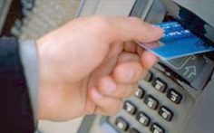 Liên tục mất tiền trong thẻ ATM lúc nửa đêm
