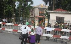 """""""Nóng"""" tại phiên xét xử liên quan đến dự án Ecopark Văn Giang"""