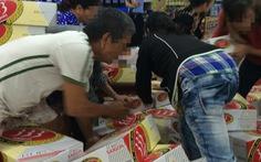 Đại lý giành giật bia khuyến mãi tại siêu thị