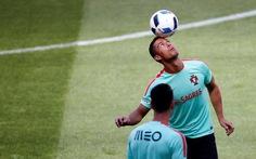 """2g ngày 15-6: """"Bồ Đào Nha thắng Iceland 2-0"""""""
