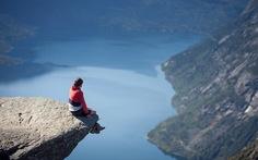 """5 điểm đến chụp ảnh """"tự sướng"""" nguy hiểm nhất thế giới"""