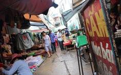 Dời hàng trăm hộ kinh doanh tự phát vào chợ mới