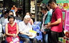 GS Trịnh Xuân Thuận:Sống ích kỷ sẽ hủy hoại trái đất