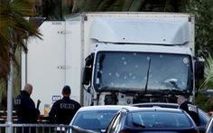 Pháp công bố nghi phạm tấn công khủng bố bằng xe tải