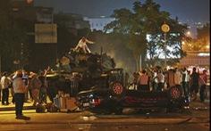 Tổng thống Thổ Nhĩ Kỳ tuyên bố dập tắt đảo chính, bắt 2.839 người