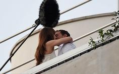 Cảnh hôn cuồng nhiệt khép lại phần 2 phim 50 sắc thái