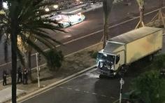 Cảnh sát Pháp yêu cầu Nice xóa sạch video khủng bố