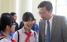 Quảng Ninh mời 50 học sinh, sinh viên dự họp HĐND