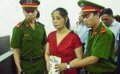 Hoa hậu quý bà lừa hàng chục tỉlĩnh 15 năm tù