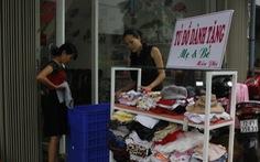 Tủ đồ dễ thương tặng mẹ và và bé giữa Sài Gòn