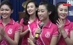 Hoa hậu Mỹ Linh và người đẹp vui Trung thu với trẻ em