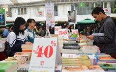 Mua sách giảm giá dịp 2-9