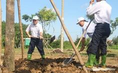 Lãnh đạo TP.HCM trồng cây chào mừng Quốc khánh