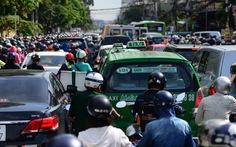 Trong 9 tháng, đường Sài Gòn thêm 60.000 xe hơi dưới 9 chỗ