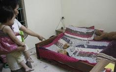Đá dự án FLC dội thủng nóc nhà dân, 1 người bị thương