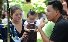 Mẹ, con và cú té xe vì tàn thuốc lá