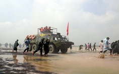 Hơn 2.000 người diễn tập cứu hộ, cứu nạn trên sông Đồng Nai
