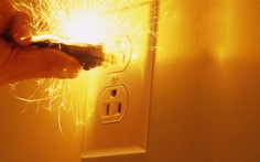Gia đình yêu cầu làm rõ vụ phạm nhân chết sau khi điện giật