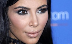 Kim Kardashian bị cướp triệu đô vì khoái khoe của trên mạng?