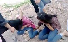 Triệu tập nhóm nữ sinh đánh hội đồng 3 nữ sinh