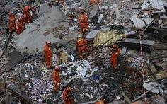 Bốn tòa nhà sập cùng lúc ở Trung Quốc, ít nhất 20 người chết