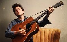 """Văn đàn Việt """"sốc"""" và lý giải chuyện Bob Dylan đoạt Nobel"""