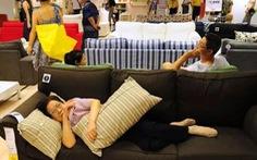 Ikea hết kiên nhẫn với khách hàng Trung Quốc vào ngủ khò