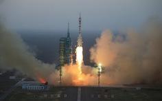 Trung Quốc phóng thành công tàuThần Châu 11