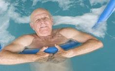 Bị viêm khớp nên tập thể dục như thế nào?
