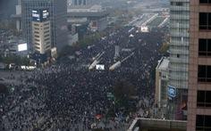 """""""Biển người"""" ở Seoul đòi tổng thống Hàn Quốc từ chức"""