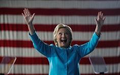"""Thị trường phản ứng tích cực khi bà Hillary """"trắng án"""""""