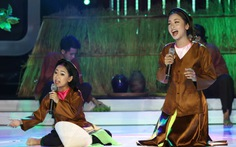 Xem clip cô bé 9 tuổi vừa hát xẩm vừa tính nhẩm điệu nghệ
