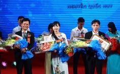 Trao thưởng chương trình Tri thức trẻ vì Giáo dục năm 2016
