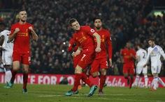 Liverpool hạ Sunderland nhờ hai bàn thắng muộn