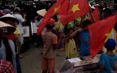 """Vụ """"quan tài diễu phố"""": Kiên quyết di dời chợ Gành Hào"""