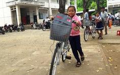 Trao 110 xe đạp cho học sinh nghèo Bình Thuận