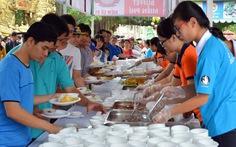 Hơn 7.000 người khuyết tật tham gia đại tiệc buffet
