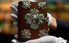Sách Harry Potter bản hiếm đấu giá được 470.000 USD