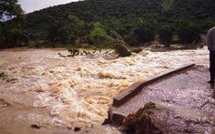 Đập Ka La ở Lâm Đồng xả lũ, dân tưởng vỡ đập