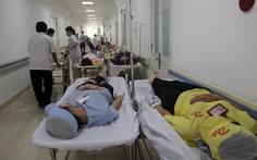 Hàng chục công nhân nhập viện sau bữa ăn chay