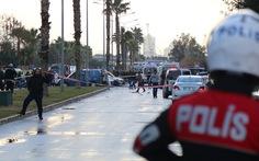 Đánh bom, đọ súng bên ngoài tòa án ở Thổ Nhĩ Kỳ