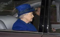 Nữ hoàng Anh xuất hiện sau 1 tháng cảm nặng