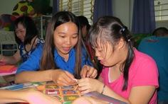 Có một 'cô tiên' giúp trẻđón tết ở Sài Gòn