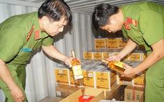 Phá niêm chì container chở hàng quá cảnh để trộm