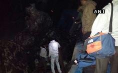 Xe lửa trật đường ray ở Ấn Độ, 39 người chết