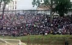 Giẫm đạp ở sân vận động của Angola, 17 người chết