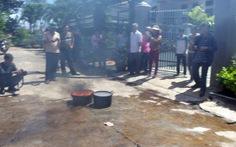 Nước giếng bắt lửa cháy ngùn ngụt nghi nhiễm xăng