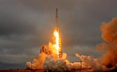 SpaceX phóng thành công tên lửa Falcon 9