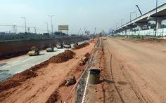 Đường hầm Xa lộ Hà Nội nguy cơ chậm thông xe