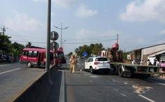 4 xe tông liên tiếp, 1 người chết tại chỗ